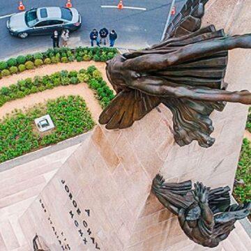 Jorge Muñoz entrega monumento restaurado de héroe nacional Jorge Chávez