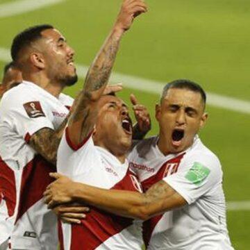 Selección Peruana se impuso a Chile por 2 – 0